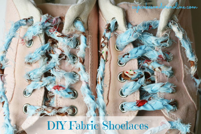 DIY-Shabby-Chic-Shoelaces-2