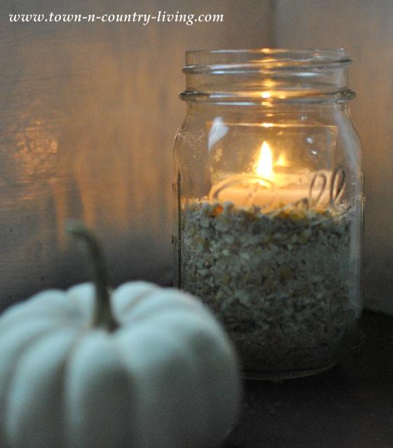 DIY Mason Jar Candle via www.town-n-country-living.com