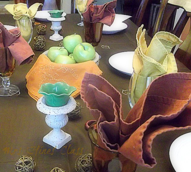 Use What You Have to Create a Simple Fall Tablescape: Live Creatively Inspired
