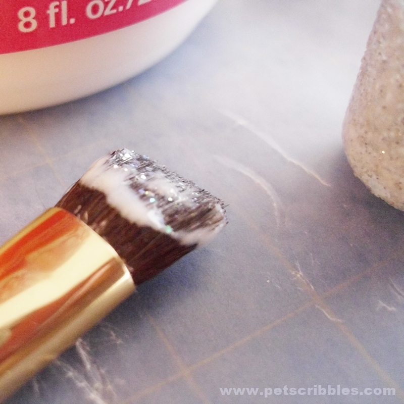 How to prevent glitter from falling off (4)