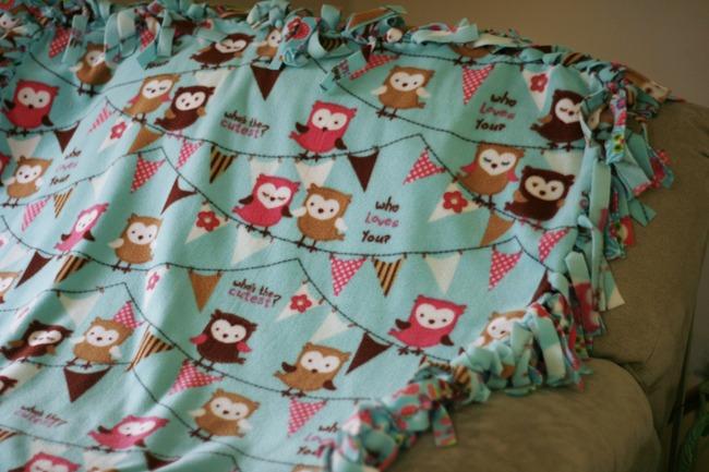 No Sew Fleece Blanket7
