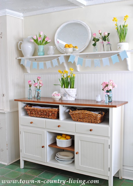 Open Shelving in Farmhouse Kitchen