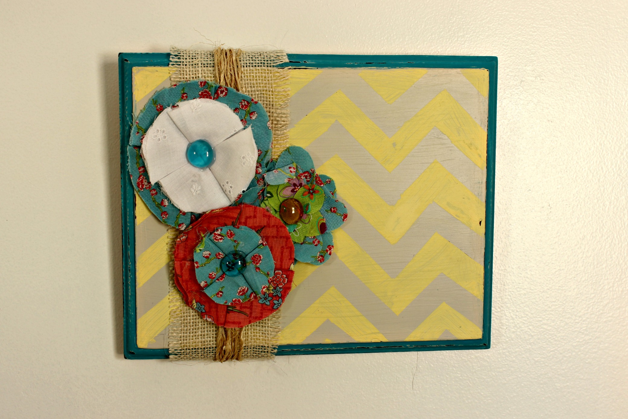 Fabric Wall Art diy wall art and fabric flower tutorial - live creatively inspired