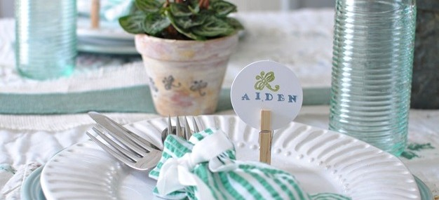 Super Simple Handmade Place Cards